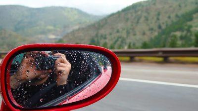 危険】SNSに写真をアップする際は、写り込みや位置情報(GPS情報)に ...