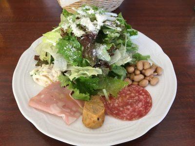 サラダと前菜